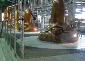 ウイスキーの蒸留釜
